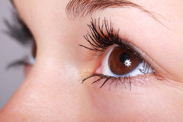 Top Tips To Find A Reputable Blepharoplasty Surgeon